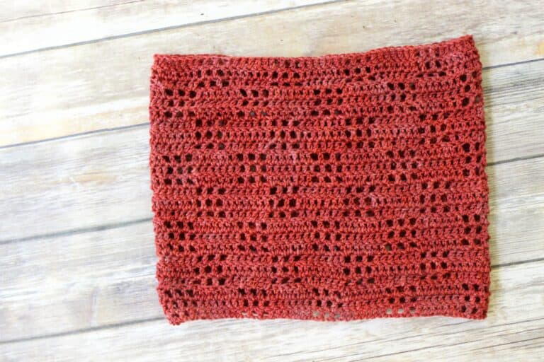 Valerie Cowl Free Filet Crochet Pattern