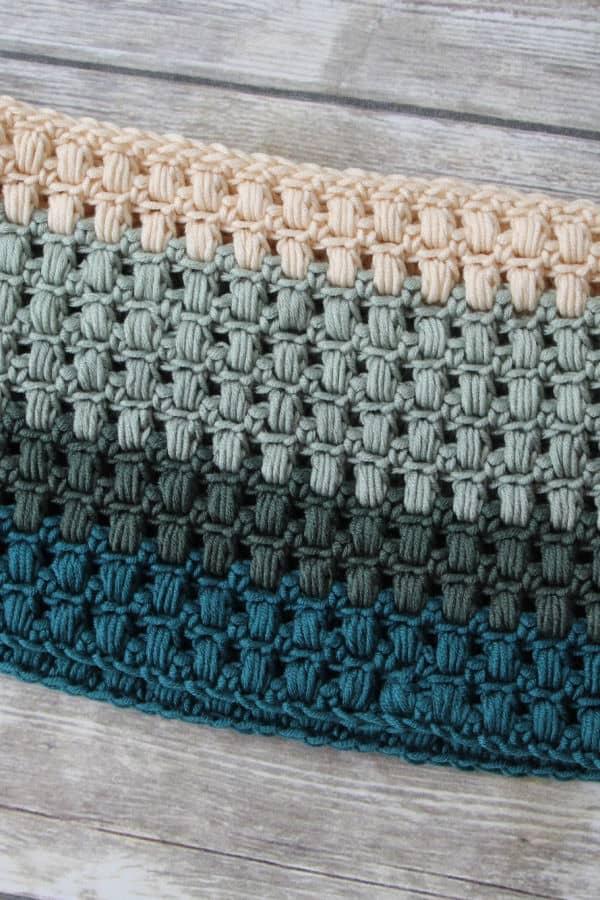 Winter Blooms Cowl Free Crochet Pattern