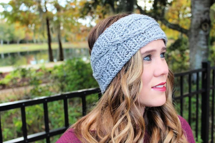 Crossroads Headband Free Crochet Pattern