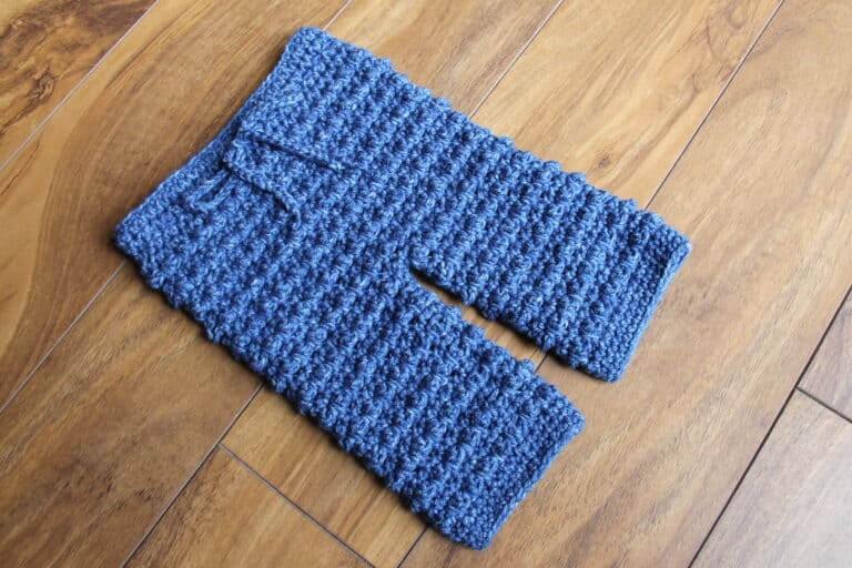 How to Crochet Baby Pants -Free Pattern