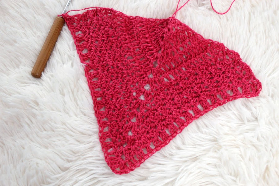 Rows 1-13 of the Meadowsweet Shawl