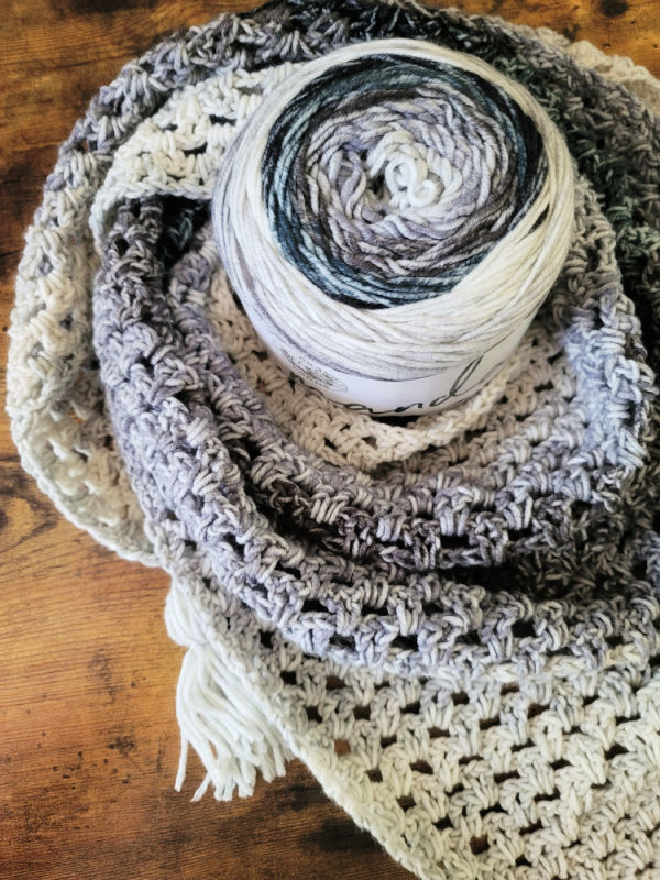 Close up of yarn used to create the Fiesta Fringe triangle scarf.